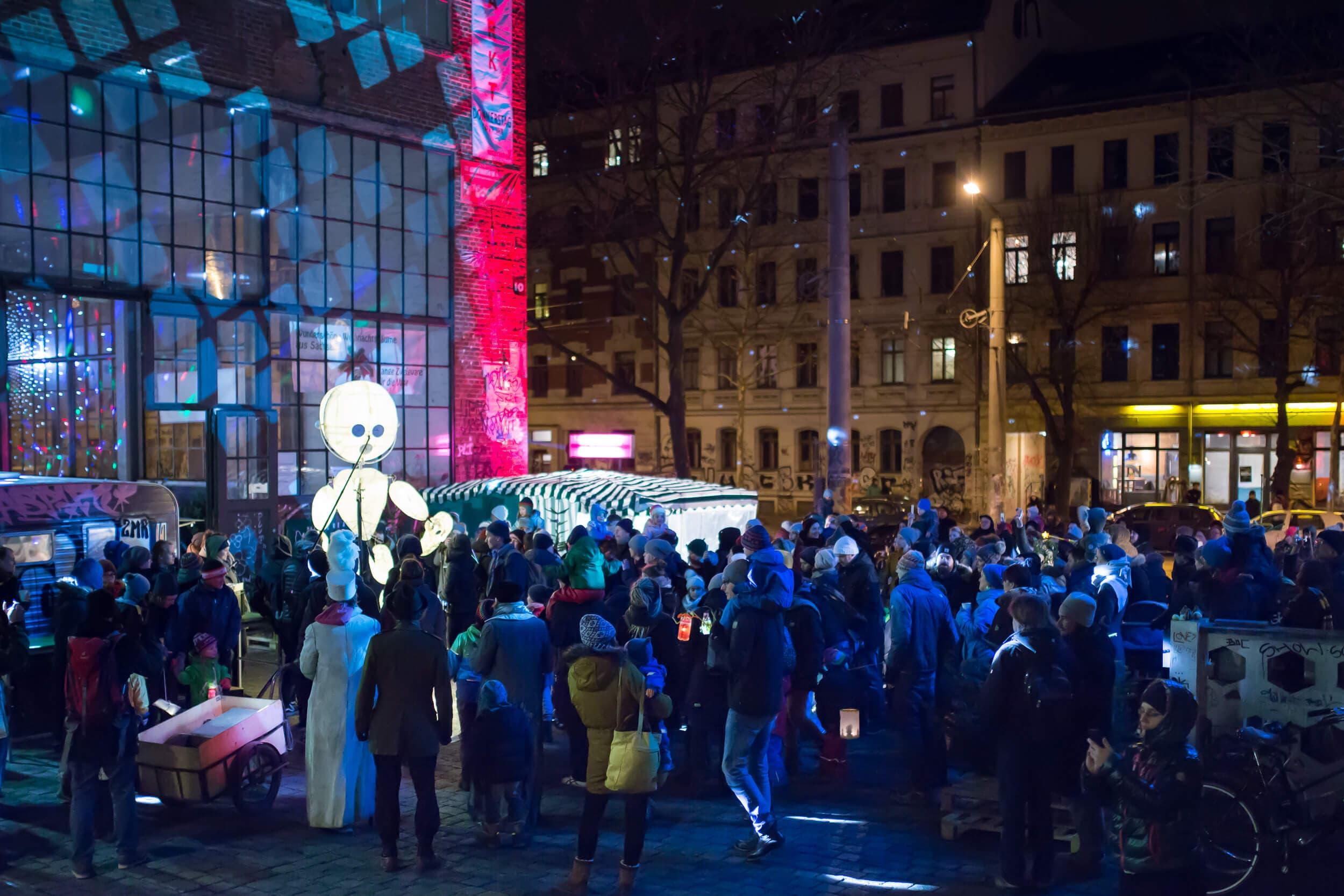 Fotografie eines Straßenfestes in Leipzig Lindenau und Plagwitz durch Regentaucher Fotografie
