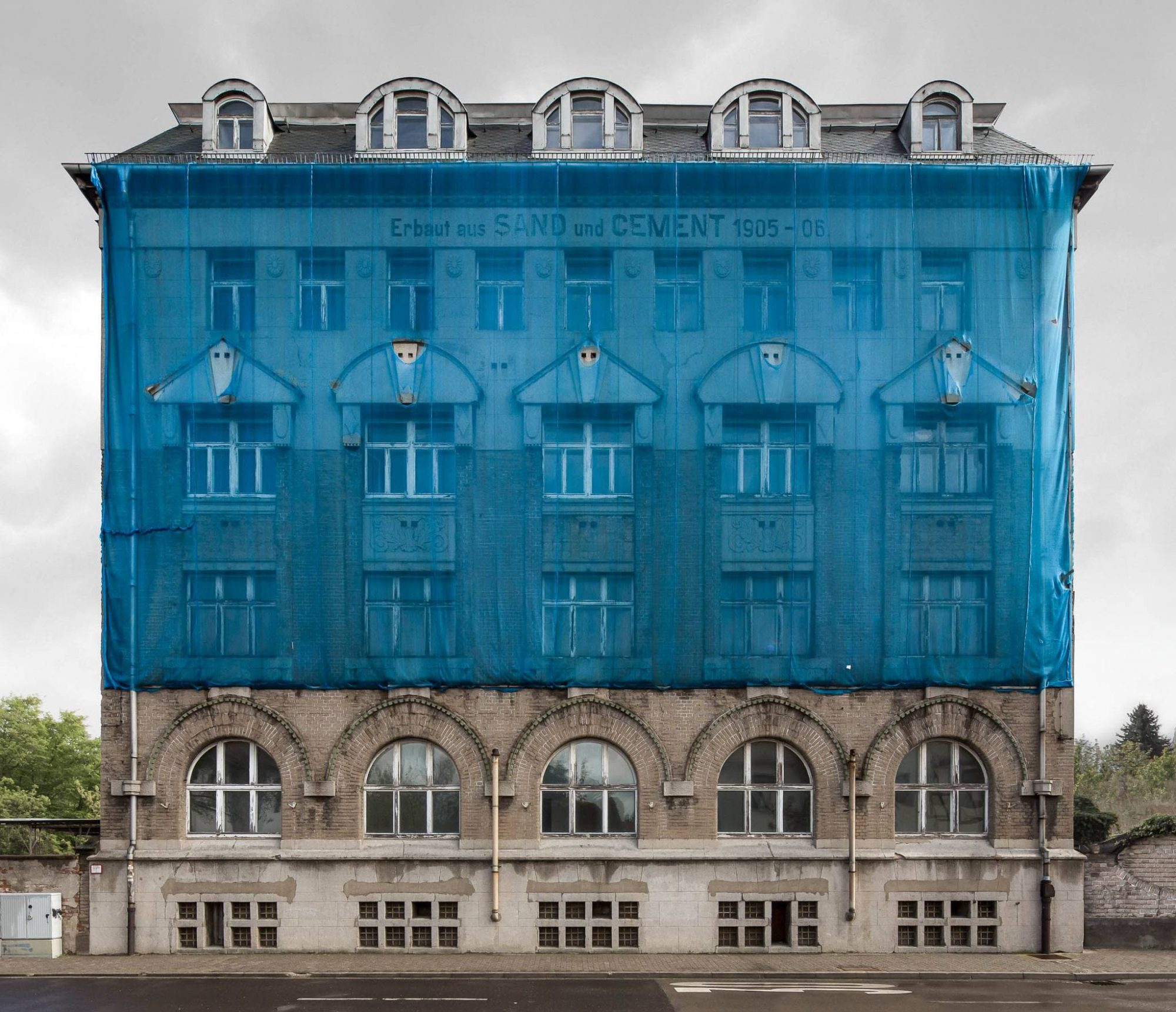 Regentaucher Architekturfotografie | Awaiting Leipzig Cement