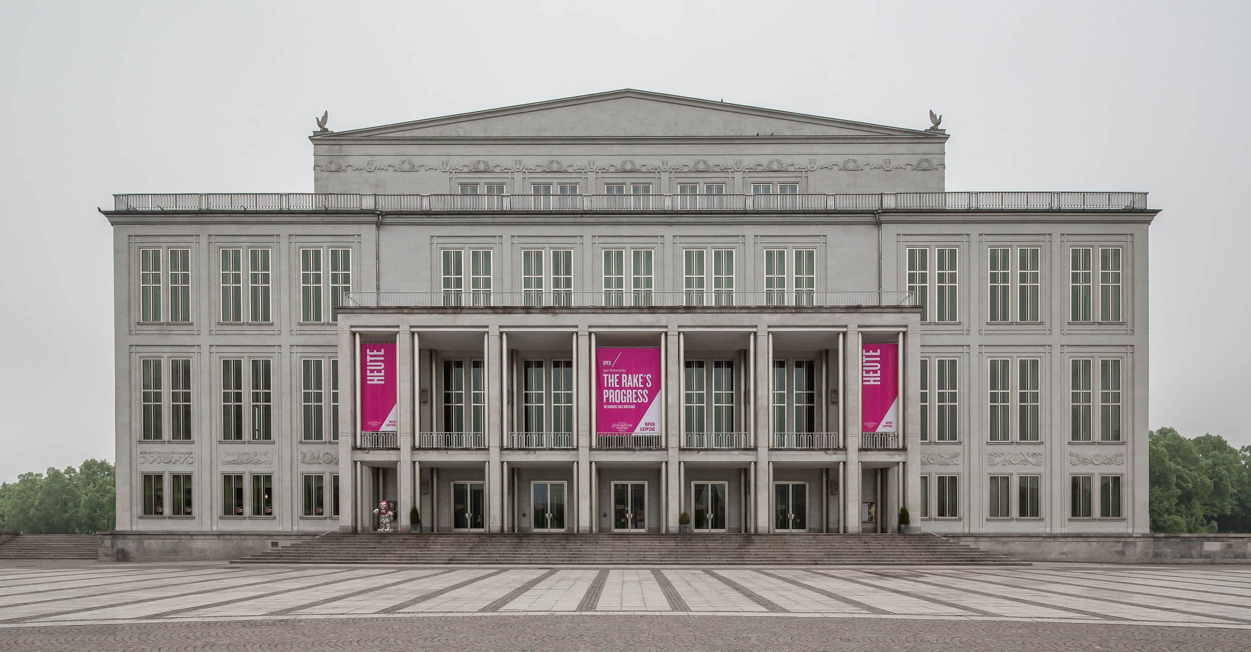 Regentaucher Architekturfotografie | Oper Leipzig